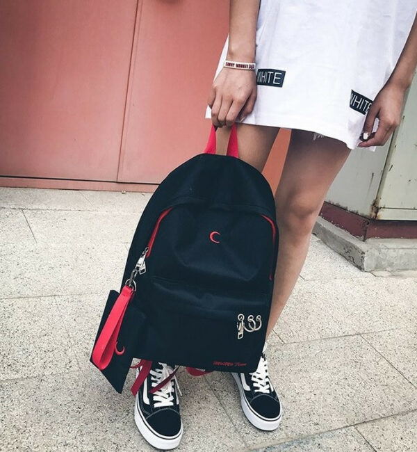 22947Red 6